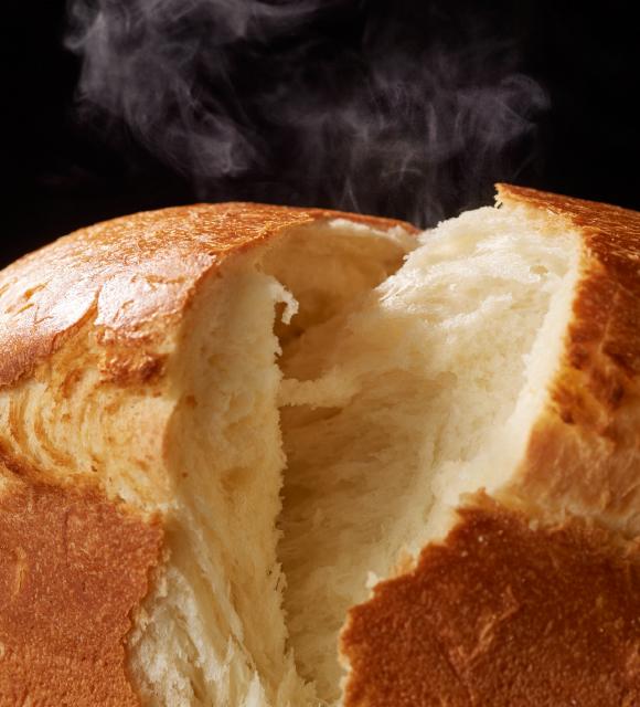焼きたて食パンのイメージ写真